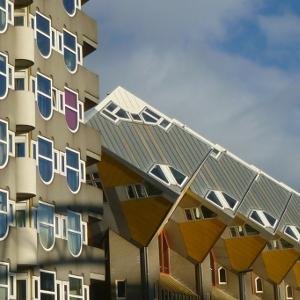 Les Maisons Cubes (1984) de Piet Blom à Rotterdam