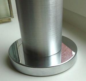 Pied aluminium brossé détail - travail en cours